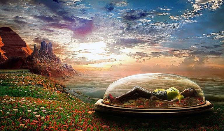 According to Scientists: Some Of Our Dreams May Be Glimpses Into Parallel Universes