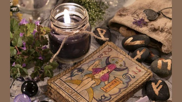 TAROT: Answer These 5 Questions And We'll Reveal Your