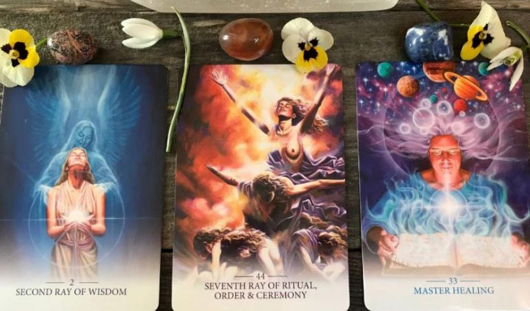 The Lightworker Oracle – Choose a Card and See The Message You Must Hear